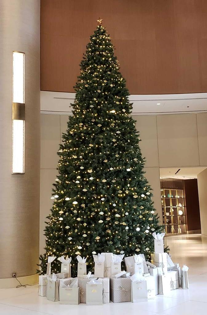 Lobby Christmas Tree, Mandarin Oriental Hotel, Santiago, Chile