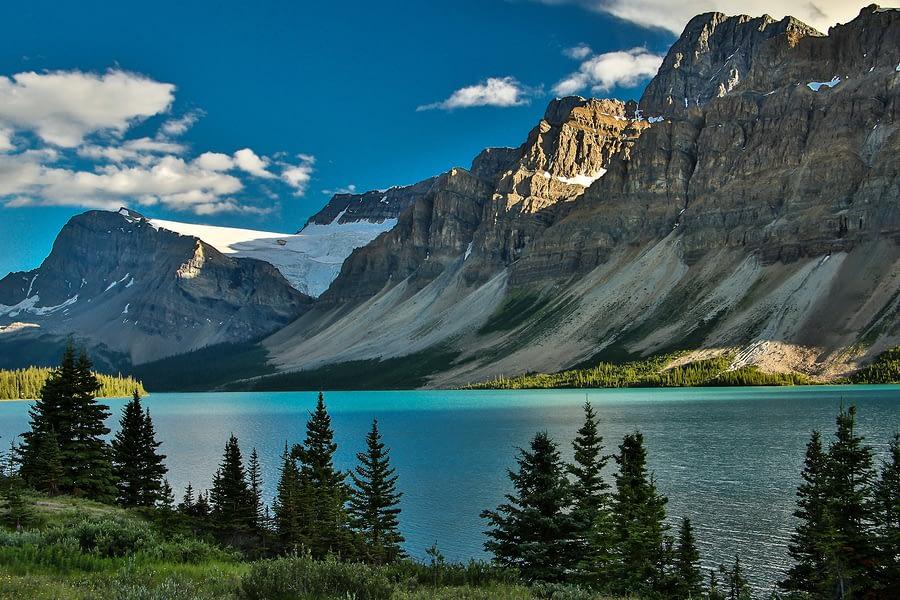 Columbia Icefield Parkway Along Bow Lake, Banff National Park, Alberta, Canada